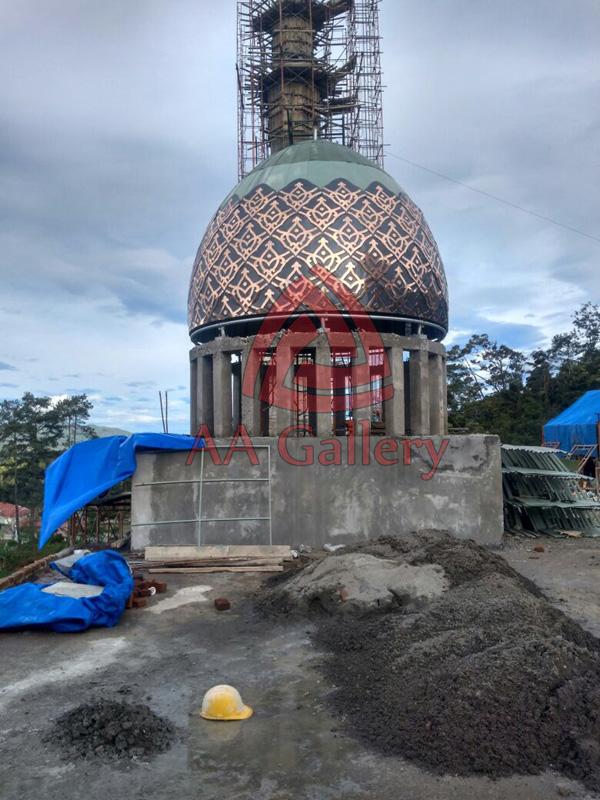 pemasangan-kubah-tembaga-masjid-10
